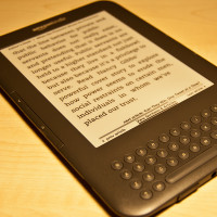 Kindle 3 P3 (adapted) by Robert Engmann (CC BY 2.0) via Flickr