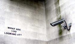 Kamera Überwachung (Bild: nolifebeforecoffee [CC BY 2.0], via Flickr)