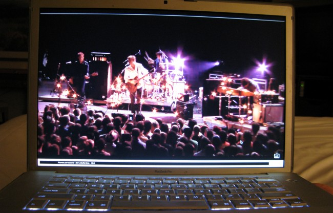 Streaming (Bild: Incase [CC BY 2.0], via Flickr)