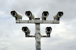 Überwachungskameras (Bild: Dirk Ingo Franke [CC BY 2.0] via flickr)