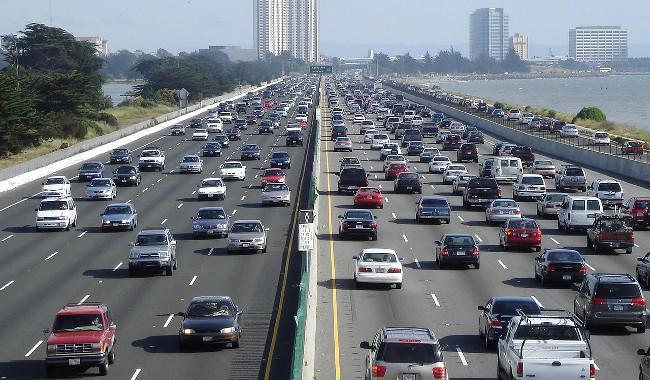 Traffic (Bild: Minesweeper [CC BY-SA 3.0], via wiki)