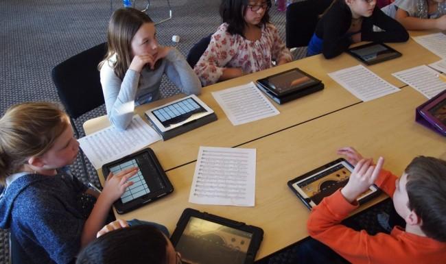 Digitale Bildung (Bild: Brad Flickinger [CC BY 2.0], via Flickr)