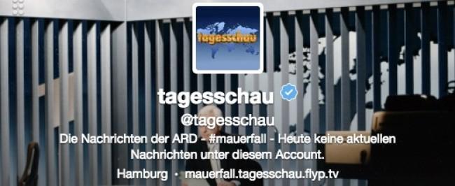 Die Tagesschau informiert über den Mauerfall auf Twitter