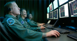 Cyberwar (Bild: U.S. Air Force photo/Capt. Carrie Kessler [Public Domain], via wikimedia)
