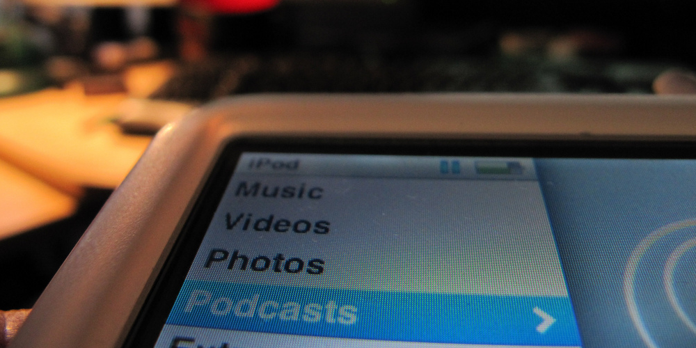 Podcasts anywhere anytime (adapted) (Image by francois schnell [CC BY 2.0] via Flickr)