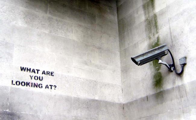 Kamera Überwachung (Bild: nolifebeforecoffee [CC BY 2.0], via Flick)