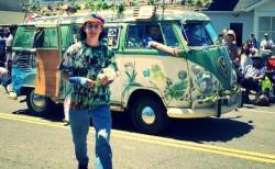hippie (Bild: CasparGirl (CC BY 2.0)