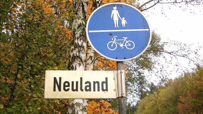 Neuland (Bild: Frank Vincentz [CC BY-SA 3.0], via Wikimedia Commons)