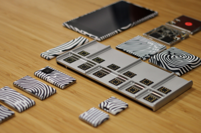 Project Ara Spiral 2 Prototype (adapted) (Image by Maurizio Pesce [CC BY 2.0] via Flickr)