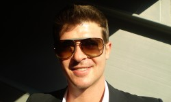 Robin Thicke (Bild: Michelle Uthoff-Campbell [CC BY-SA 2.0], via Wikimedia Commons)