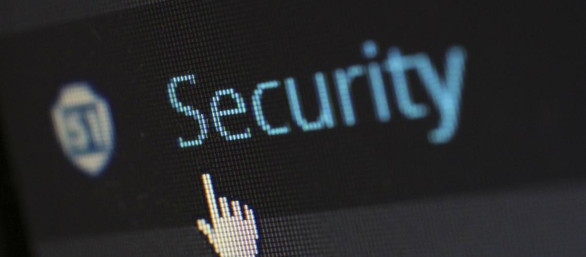 Sicherheit (adapted) (Image by Pixelcreatures [CC0 Public Domain] via Pixabay)