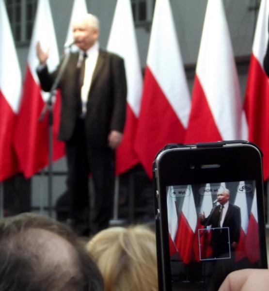 Jarosław Kaczyński (adapted) (Image by Piotr Drabik [CC BY 2.0] via Flickr)