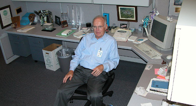 Former Intel CEO Gordon Moore in his cubicle by  Intel Free Press (CC BY-SA 2.0) via Flickr