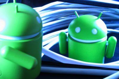 Enredando con Android .) (1) (adapted) (Image by Daniel Sancho [CC BY 2.0] via Flickr)