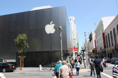 Apple Store San Francisco (adapted) (Image by Christian Rasmussen [CC BY-SA 2.0] via Flickr)