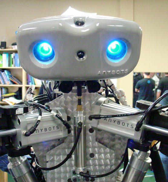 Hello, I'm a Robot. (adapted) (Image by Jeff Keyzer [CC BY-SA 2.0] via Flickr)