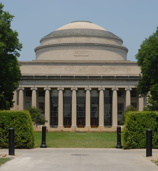 MIT (adapted) (Image by Andrew Hitchcock [CC BY 2.0] via Flickr)