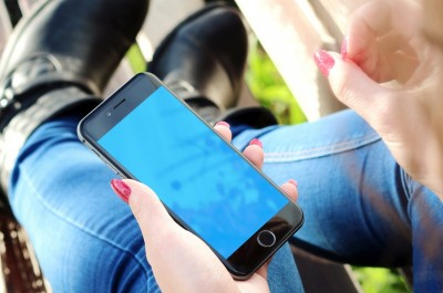 Facebook und Twitter setzen bei Videos auf Autoplay (Image by jeshoots [CC0 Public Domain], via Pixabay.jpg