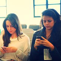 Smartphones (Image by Esther Vargas [CC BY-SA 2.0] via Flickr)