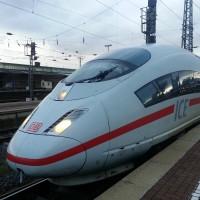 ICE der Deutschen Bahn (Image: KarinKarin [CC0 Public Domain], via Pixabay)
