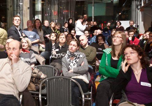 Socialbar Berlin (adapted) (Image by socialbar [CC BY 2.0] via Flickr)