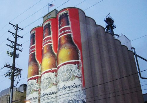 Budweiser (adapted) (Image by jmawork [CC BY 2.0] via Flickr)