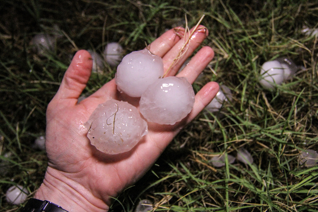 Large Hail Stones ( Image by State Farm [CC BY 2.0] via Flickr)