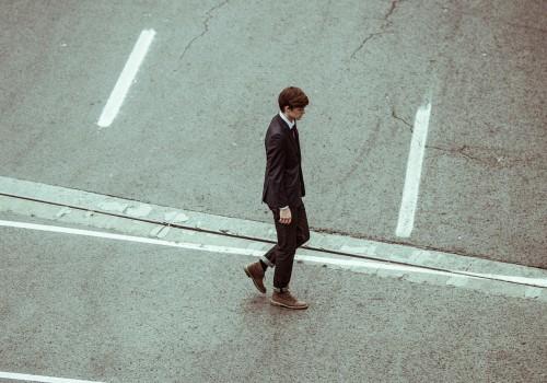 Businessman (Teaser by Unsplash (CC0 Public Domain), via Pixabay)