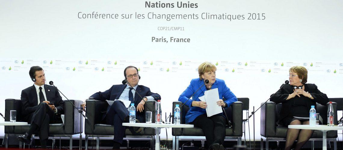 Conferencia de la ONU sobre Cambio Climático COP21 (adapted) (Image by Presidencia de la República Mexicana [CC BY 2.0] via flickr)