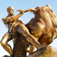 Herkules-Statue in der Orangerie des Schloss Schwerin (Image: Hermann Luyken [CC0 Public Domain], via Wikimedia Commons)