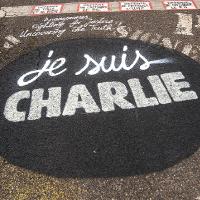 Solidaritätsbekundung für Charlie Hebdo (Image: Thierry Ehrmann [CC BY 2.0], via Flickr)