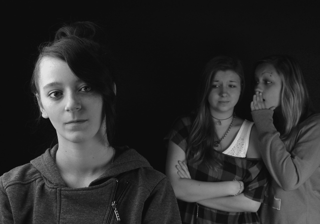 Klatsch-Mädchen-Gruppe (Image by Baruska(CC0)via Pixabay)