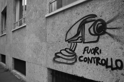 Video surveillance out of control (adapted) (Image by Alexandre Dulaunoy [CC BY-SA 2.0] via flickr)