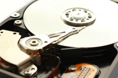 Harddisc Festplatte I (adapted) (Image by Christian Schnettelker [CC BY 2.0] via flickr)