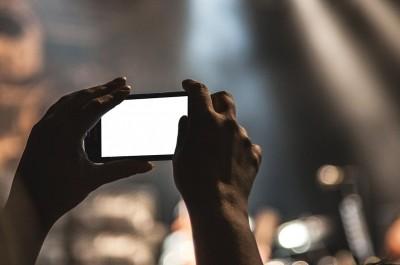 Smartphone (Image: SplitShire [CC0 Public Domain], via Pixabay)