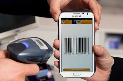 Mobile Payment (Image: Richard Tanzer Fotografie [CC BY SA 30], via Wikimedia Commons)