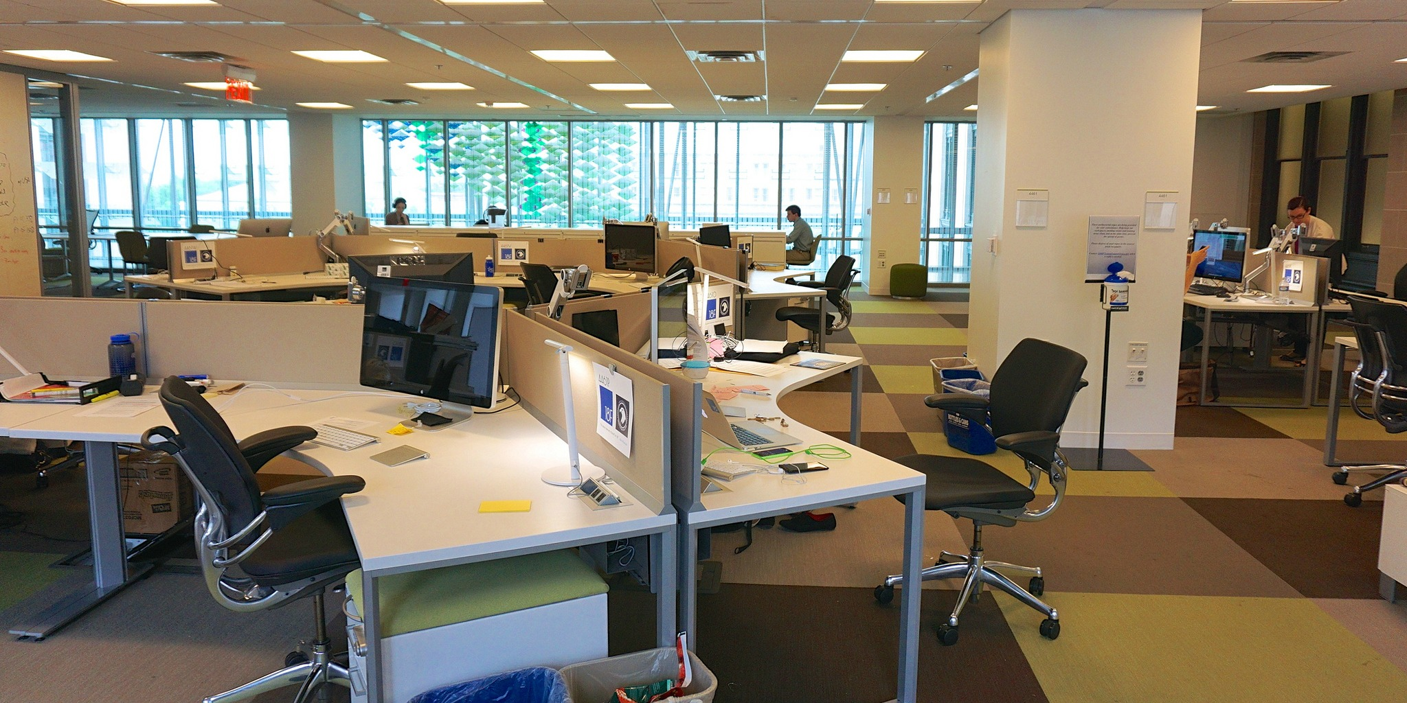 Serviced Office (Image by Ted Eytan [CC BY 2.0] via Flickr