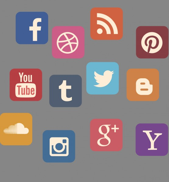 Social Media (image by stux [CC0 Public Domain] via pixabay)new