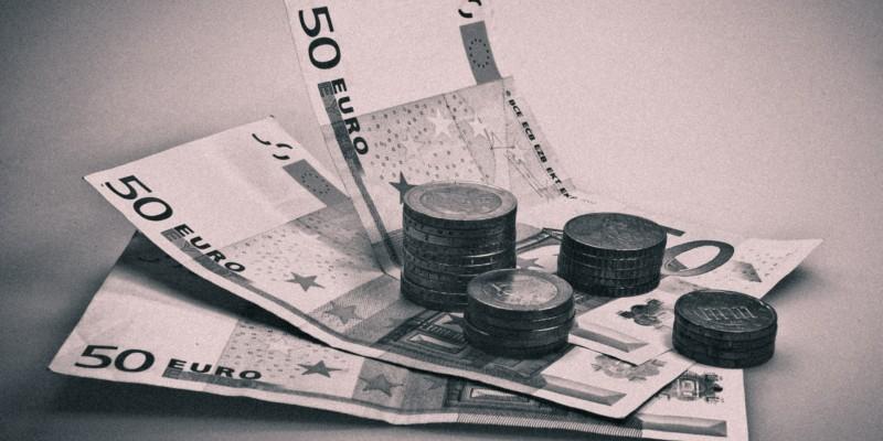 bargeld (Image by blickpixel [CC0] via pixabay NEW