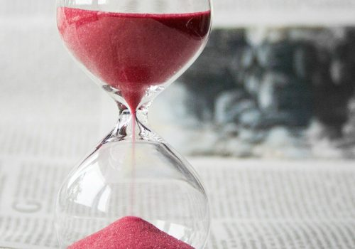 hourglass (adapted) (Image by nile [CC0 Public Domain] via Pixabay)