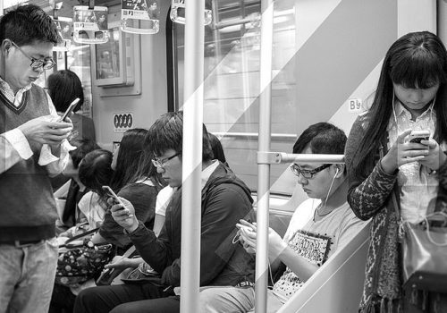 Busy moments! (adapted) (Image by Pedro Serapio [CC BY