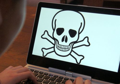 Online safety for kids (adapted) (Image by Intel Free Press [CC BY-SA 2.0] via Flickr)