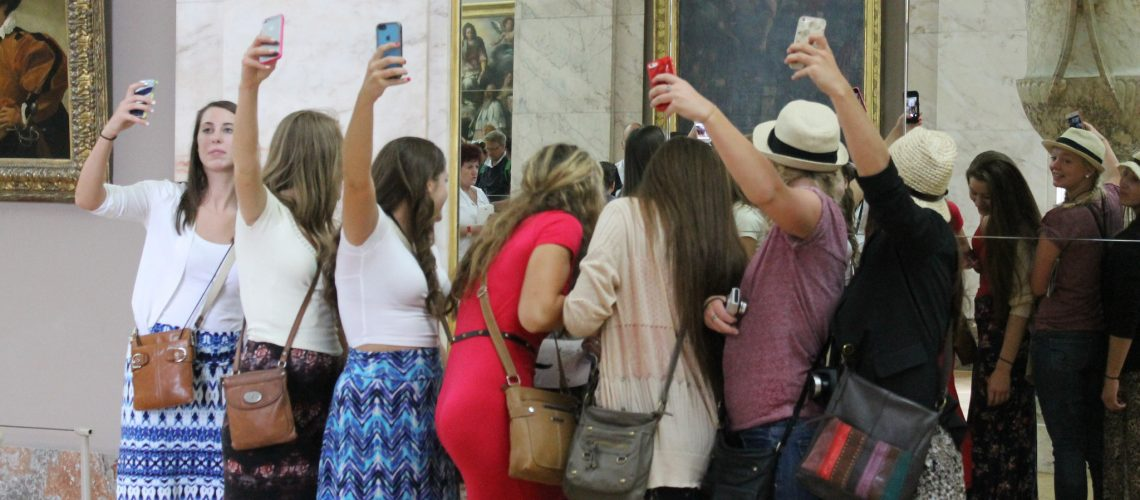 Selfies. (adapted) (Image by Connie Ma [CC BY-SA 2.0] via Flickr)