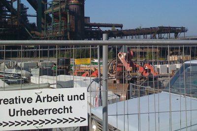 kreative arbeit und urheberrecht (adapted) (Image by Paul Keller [CC BY 2.0] via Flickr)