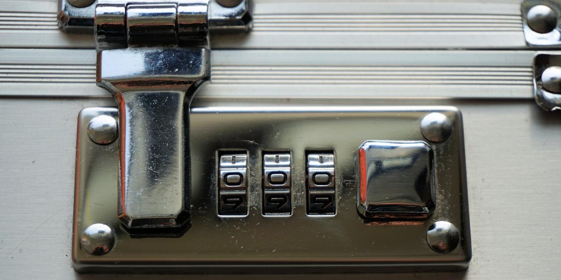 Combination lock image by webandi cc0 public domain via pixabay