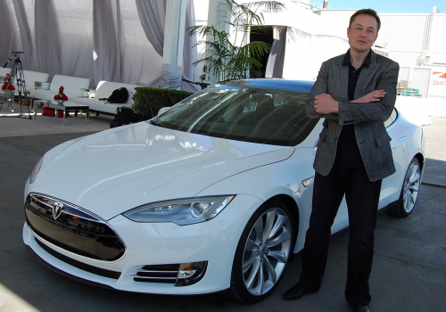 Elon Musk, Tesla Factory, Fremont (CA, USA) (adapted) (Image by Maurizio Pesce [CC BY 2.0] via Flickr)