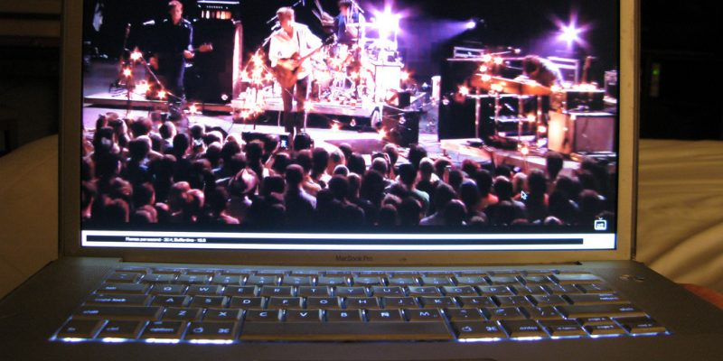 Spoon Live Streaming (adapted) (Image by Incase [CC BY 2.0] via Flickr)