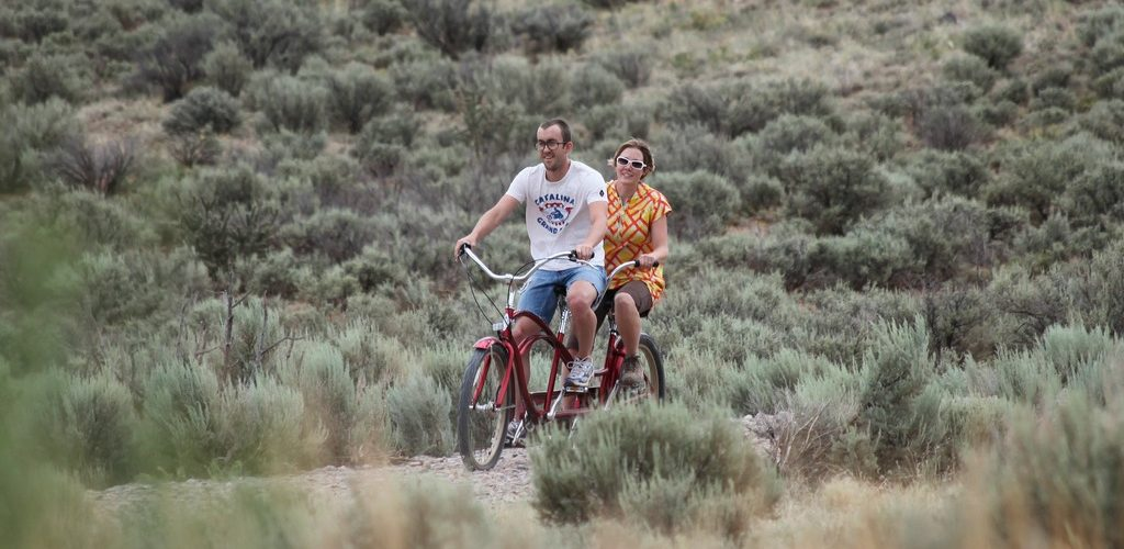tandem (adapted) (Image by Jared Tarbell [CC by 2.0] via flickr)