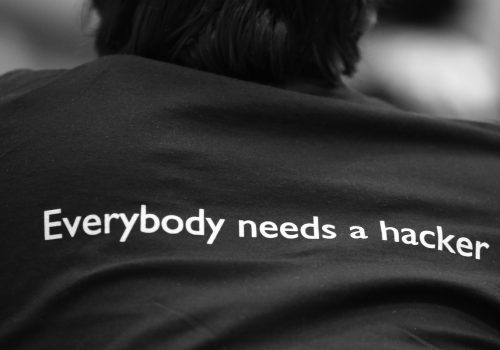 Everybody needs a hacker (adapted) (Image by Alexandre Dulauno [CC BY SA 2.0] via Flickr)