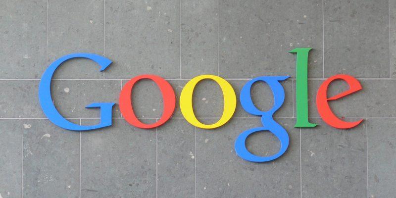 Google (adapted) (Image by Carlos Luna [CC BY 2.0] via Flickr)